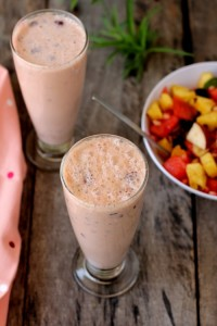 mixed-fruit-smoothie lassi