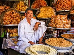 Do not miss these all-time favourite monsoon snacks while you are in the city of Jaipur.