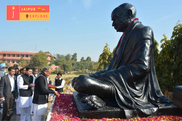 the Chief Minister paid homage to Mahatma Gandhi Father of the Nation